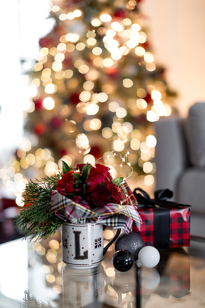 Petite Christmas Bouquet Gift