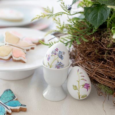 Sweet Easter Tablescape
