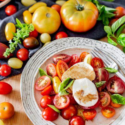 Simple Burrata and tomato salad
