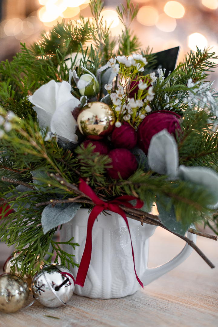 Small Christmas Bouquet For A Gift Card